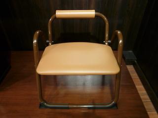 お参り椅子.JPG