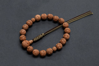 達磨彫りお数珠‐3.jpg